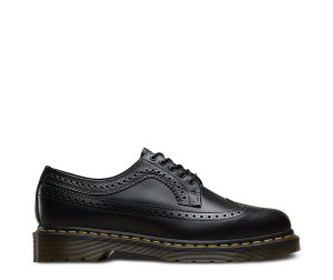 На фото броги Dr.Martens 3989 YS Black Smooth