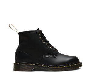 На фото ботинки Dr.Martens 101 Vegan Black Felix Rub Off