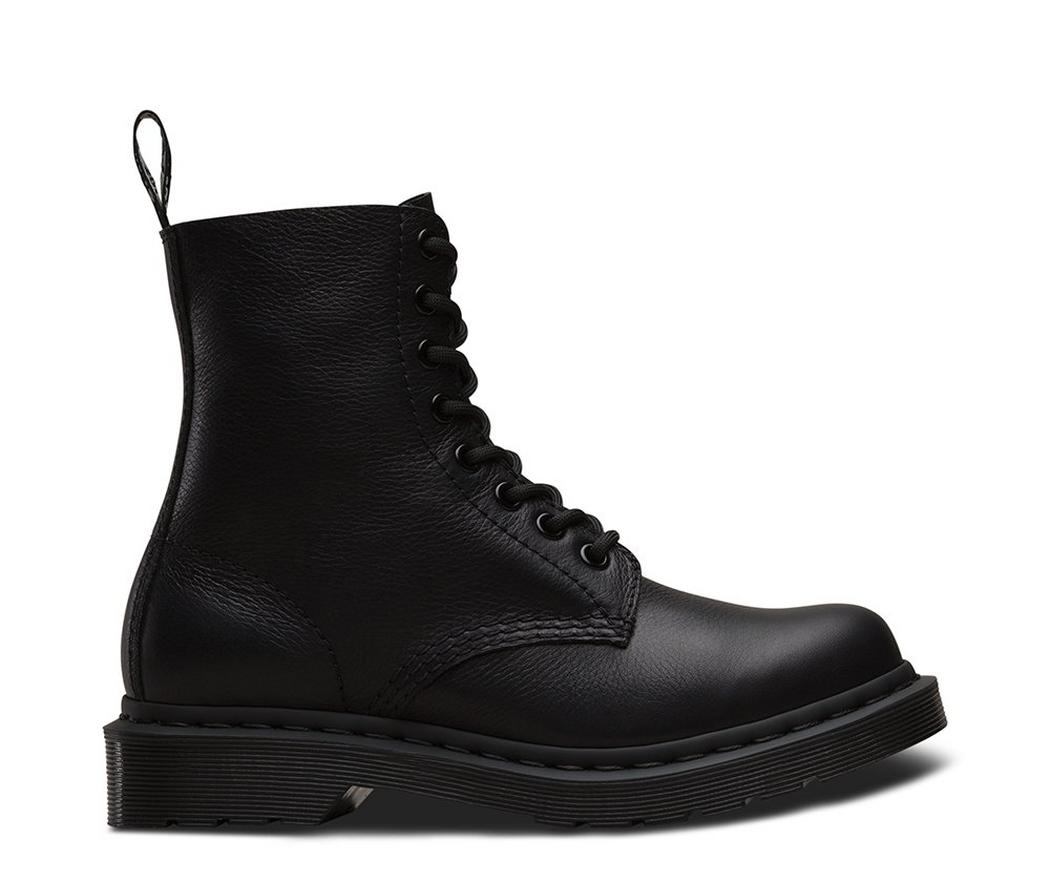 На фото ботинки Dr.Martens Pascal Mono Black Virginia