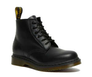 На фото ботинки Dr. Martens 101 - Black Smooth